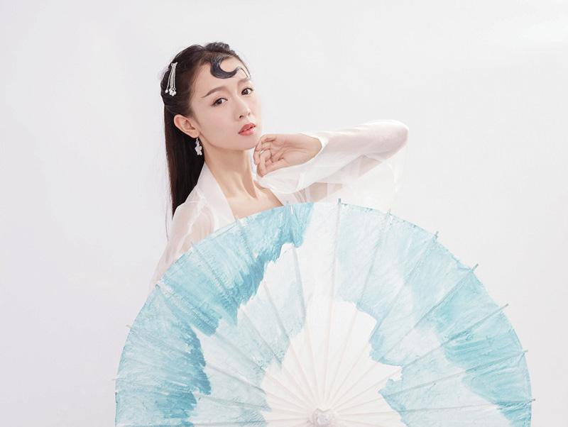 《国风美少年》刘木子版白蛇引发网友们热议