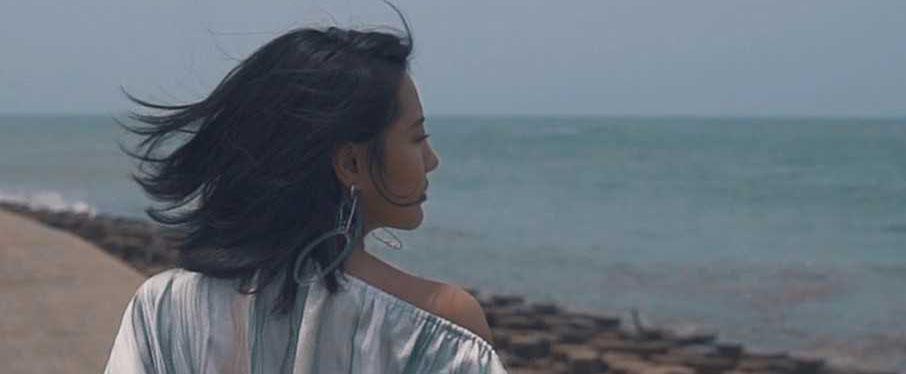陈粒全新专辑MV《望穿》首发上线