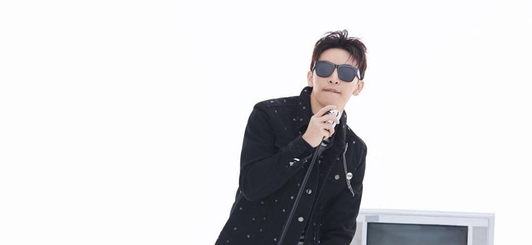 实力歌手谭杰希全新抒情单曲《电视机》正式发布