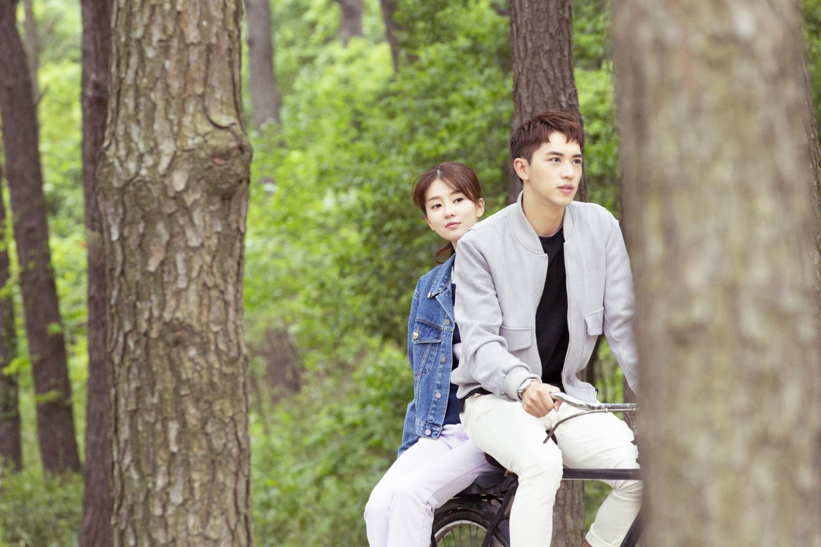 乔欣新作《我不能恋爱的女朋友》定档10月8日