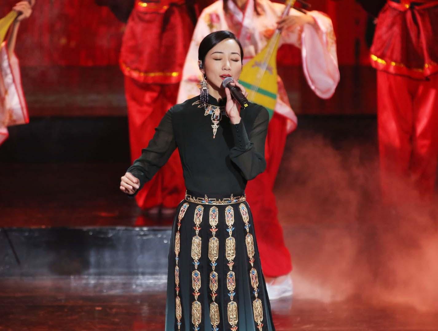韩雪《跨界歌王》首唱 高难度国风歌曲引爆全场