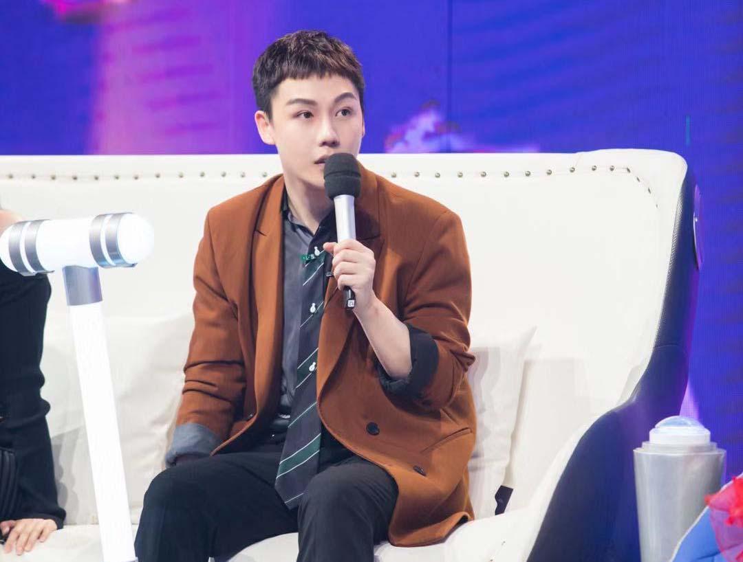 刘维《嗨唱转起来》耿直boy现场频频调侃谢娜引爆笑