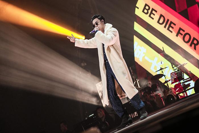 张艺兴《我是唱作人2》长沙话rap燃炸全场