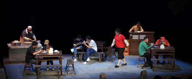 国家话剧院携原创话剧《豆汁儿》回归剧场