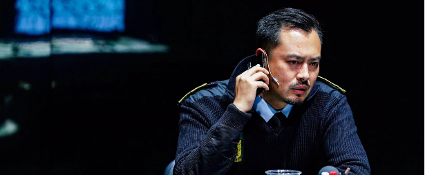 演员许圣楠主演话剧《罪人》上海首演获好评